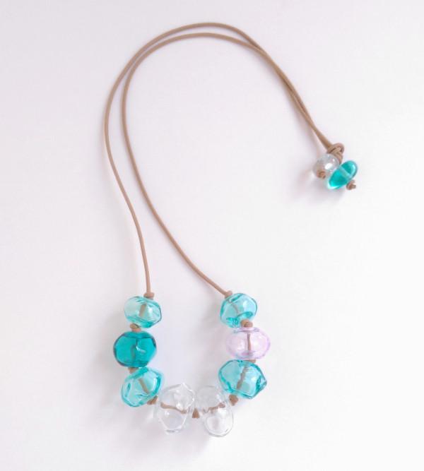 Facet-look transparent handmade beaded necklace